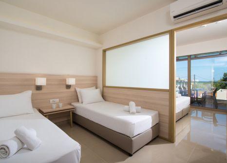 Hotelzimmer mit Mountainbike im Gouves Water Park Holiday Resort