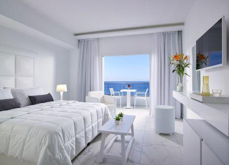 Hotelzimmer mit Tischtennis im Dimitra Beach Hotel & Suites