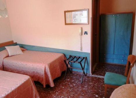 Hotelzimmer mit Aufzug im di Stefano