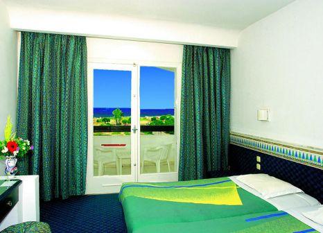 Hotelzimmer mit Volleyball im Hotel Jinene