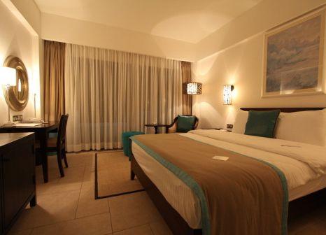 Hotelzimmer mit Volleyball im Arkin Palm Beach
