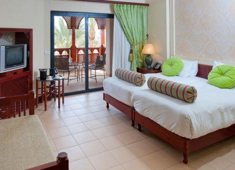 Hotelzimmer mit Volleyball im Port Ghalib Resort