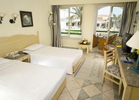 Hotelzimmer mit Volleyball im Coral Beach Resort Tiran