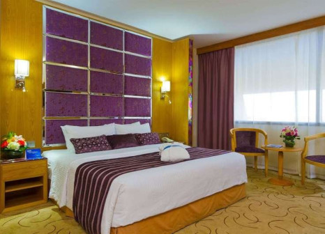 Hotelzimmer mit Golf im Radisson Blu Resort Sharjah