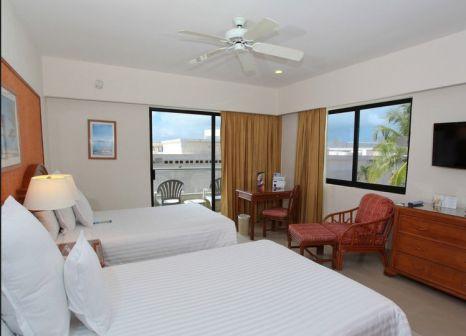 Hotelzimmer mit Volleyball im Occidental Tucancún