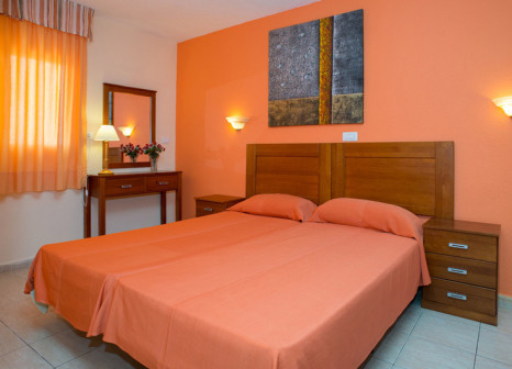 Hotelzimmer mit Golf im Apartamentos Caribe