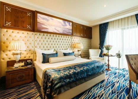 Lord's Palace Hotel in Zypern Nord - Bild von LMX Live