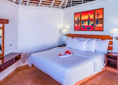 Hotelzimmer mit Mountainbike im Royal Decameron Club Caribbean