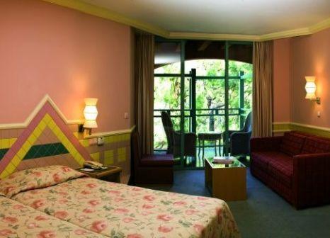 Hotelzimmer mit Volleyball im SENTIDO Lykia Resort & Spa
