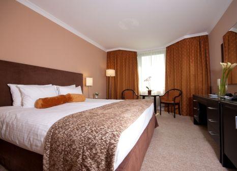 Hotelzimmer mit Mountainbike im The Aquincum Hotel Budapest