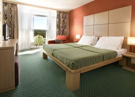 Hotelzimmer mit Minigolf im Hotel Beli Kamik