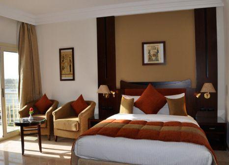 Hotelzimmer mit Tennis im Aracan Eatabe Luxor Hotel