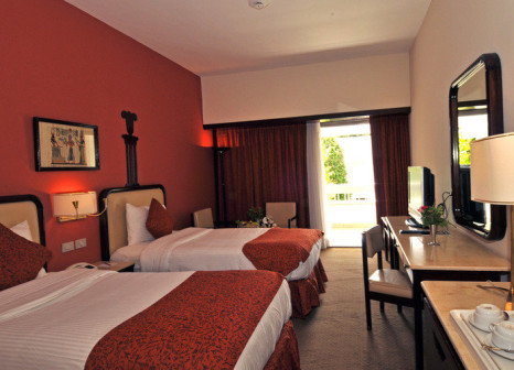 Hotelzimmer mit Tischtennis im Aracan Eatabe Luxor Hotel