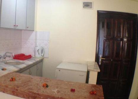 Hotelzimmer mit Tischtennis im Semiz Apart Hotel