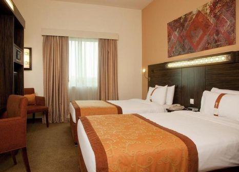 Hotelzimmer mit Golf im Holiday Inn Express Dubai - Jumeirah