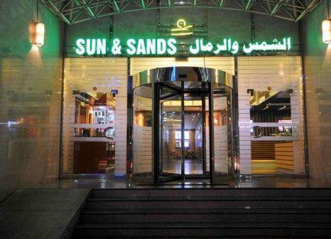 Sun & Sands Hotel günstig bei weg.de buchen - Bild von LMX Live