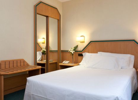 Hotelzimmer mit Clubs im Hotel Praga