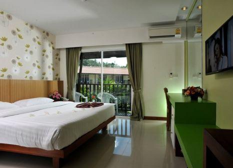 Hotelzimmer mit Minigolf im Baan Karon Resort