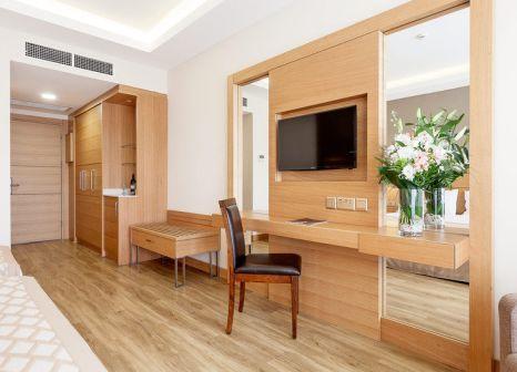 Hotelzimmer mit Volleyball im Salamis Bay Conti Resort Hotel & Casino