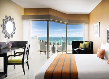 Hotelzimmer mit Volleyball im Taj Bentota Resort & Spa, Sri Lanka