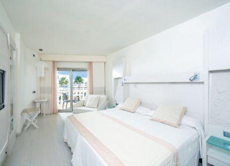 Hotelzimmer mit Volleyball im Iberostar Albufera Playa