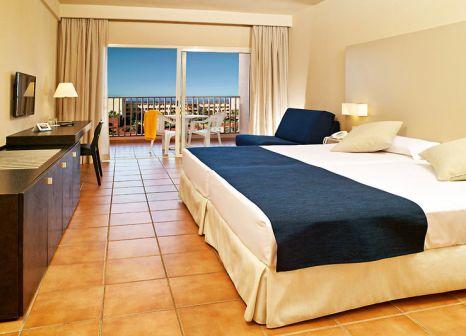 Hotelzimmer mit Yoga im Best Jacaranda