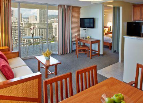 Hotelzimmer mit Sandstrand im Pacific Monarch