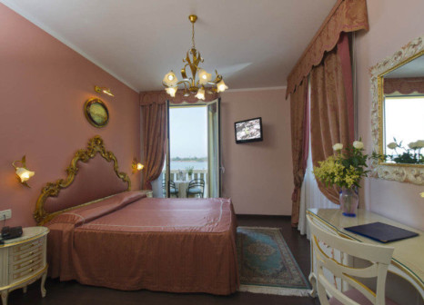 Hotelzimmer im Viktoria Palace günstig bei weg.de