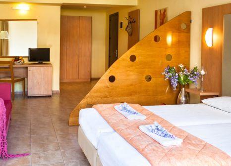 Hotelzimmer mit Tischtennis im Hotel Punta