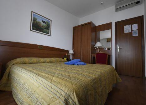 Hotelzimmer mit Pool im Rosa