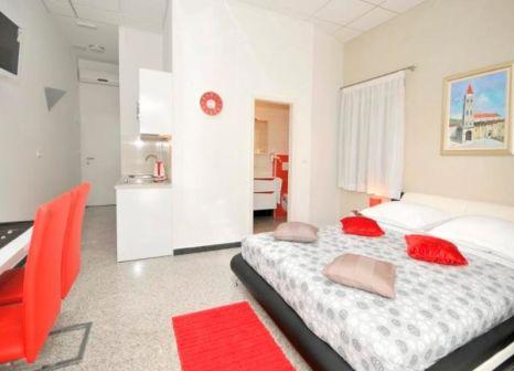 Hotelzimmer mit Supermarkt im Apartments Trogir