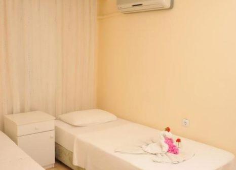 Hotelzimmer mit Tischtennis im Alibabam