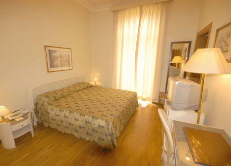 Hotelzimmer mit Tennis im Grand Hotel Londra