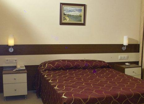 Hotelzimmer mit Tischtennis im PGS Rose Residence