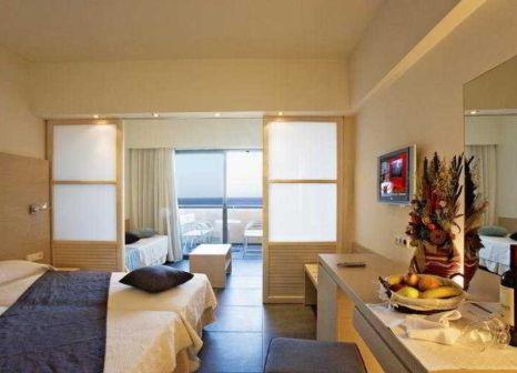 Hotelzimmer mit Volleyball im Mikri Poli Kos