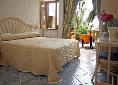 Hotelzimmer mit Pool im Punta Chiarito