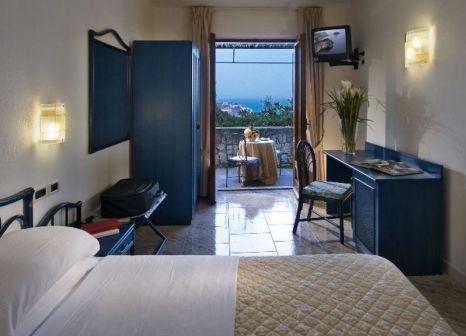 Hotelzimmer mit Hallenbad im Punta Chiarito
