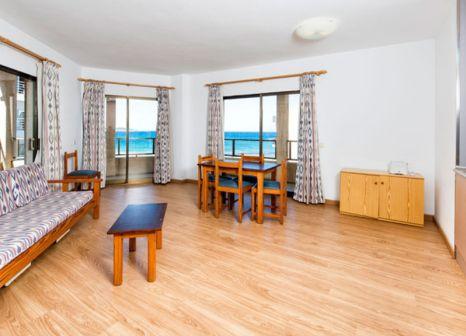 Hotelzimmer mit Mountainbike im Arcos Playa