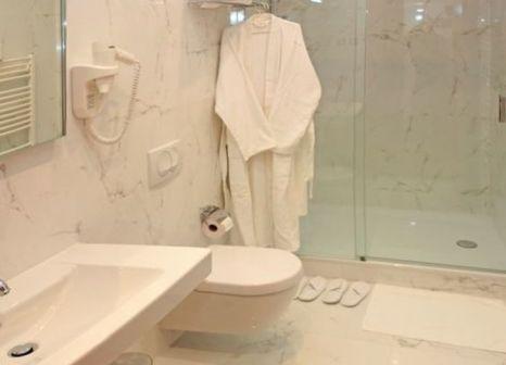 Hotelzimmer mit Klimaanlage im Hotel Monika