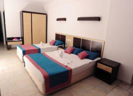 Hotelzimmer mit Tischtennis im Semt Luna Beach Hotel
