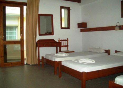 Hotelzimmer mit Minigolf im Kato Stalos Beach