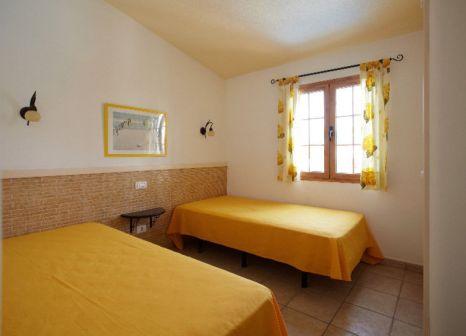 Hotelzimmer mit Hochstuhl im Bungalows Betancuria