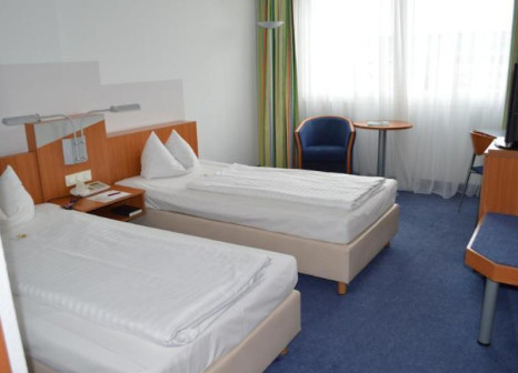 Hotelzimmer mit Aufzug im Ramada by Wyndham Hannover