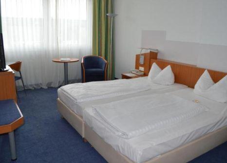 Hotelzimmer mit Restaurant im Ramada by Wyndham Hannover