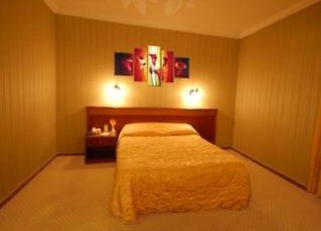 Hotelzimmer mit Hallenbad im Lion