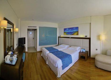 Hotelzimmer im The Golden Bay Beach Hotel günstig bei weg.de