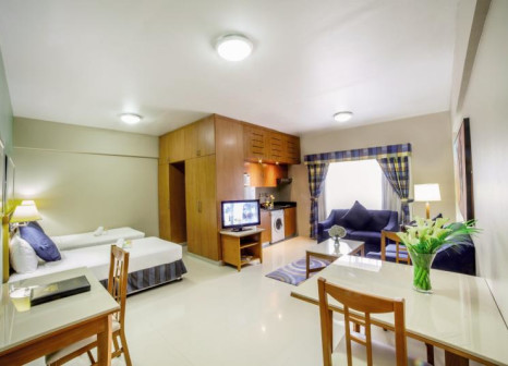 Hotelzimmer mit Tennis im Golden Sands Hotel Apartments