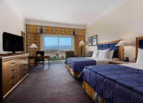 Hotelzimmer mit Tennis im Hilton Salalah Resort