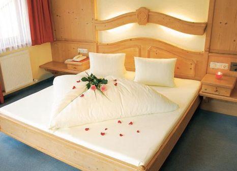 Hotelzimmer mit Tischtennis im Rose