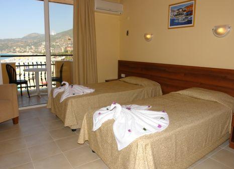 Hotelzimmer mit Tischtennis im Palmiye Beach Hotel